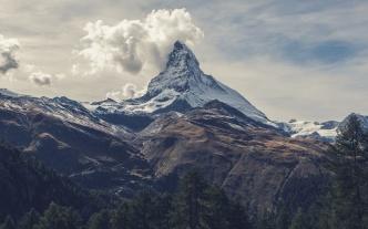 mountainous_view_by_sven_scheuermeier